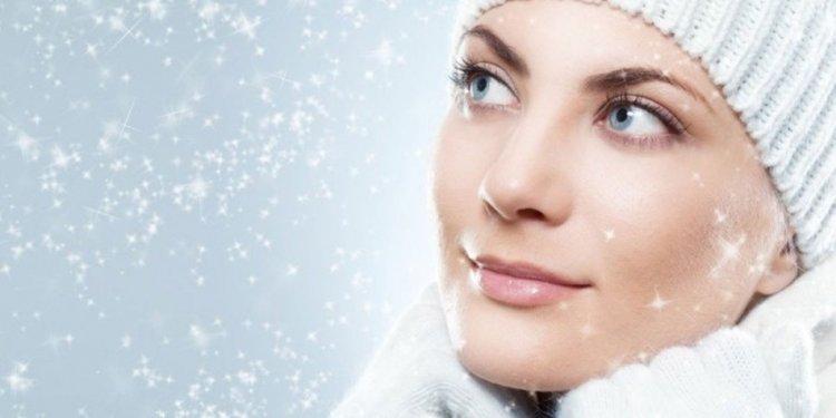 Зимний уход за кожей: лучшие советы против растрескивания, шелушения и сухости кожи